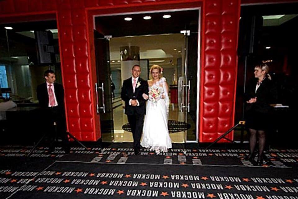 Если все таки у Вас свадьба, проводите ее у нас